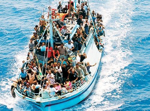 barcone_immigrati500